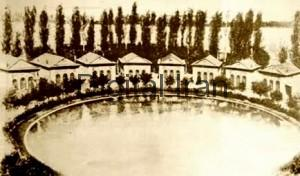 EshratAbad-Palace-Pond